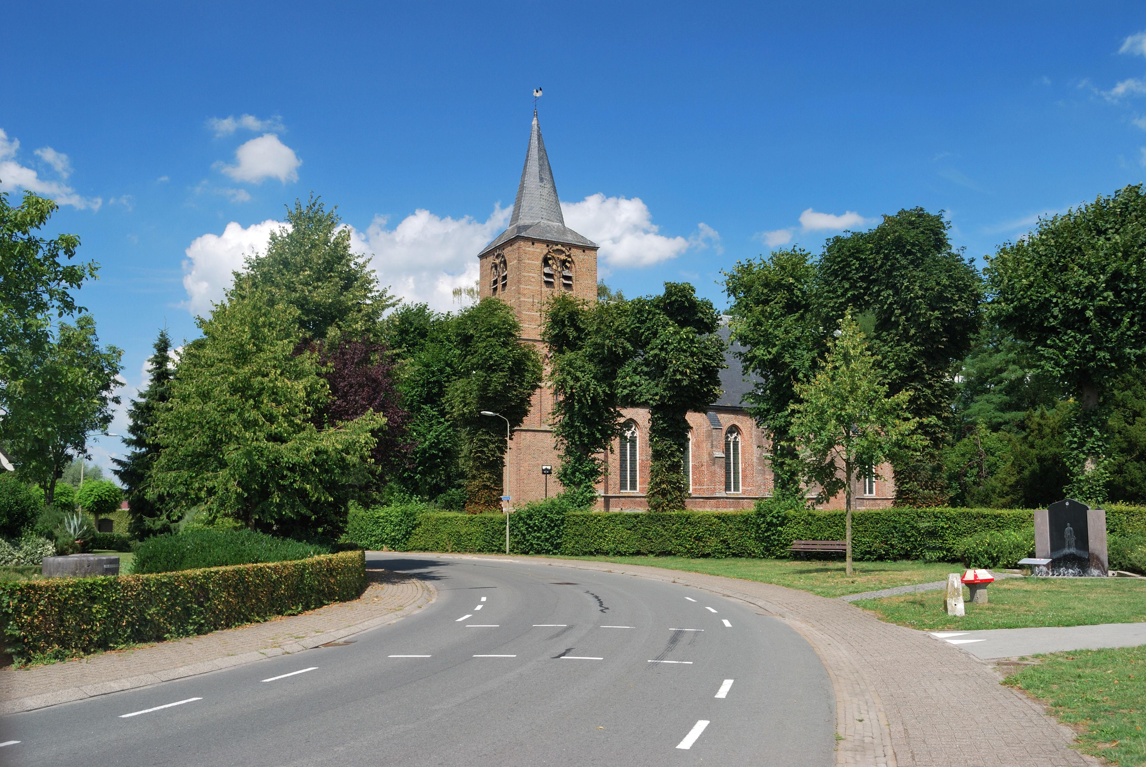 Afbeeldingsresultaat voor Ludgerus Kerk te Hall